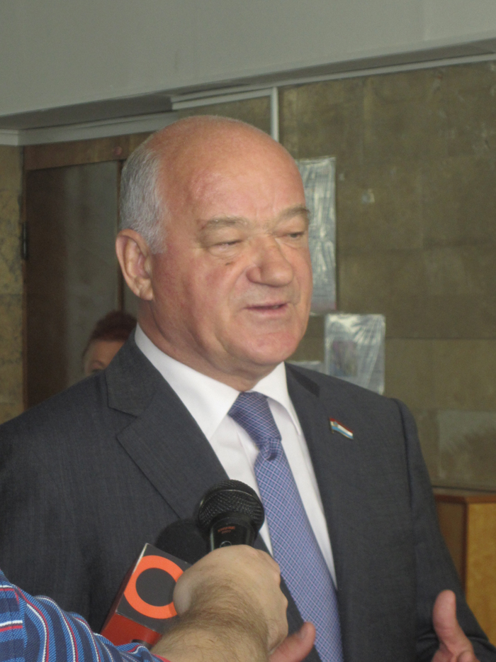 Виктор Фёдорович Сазонов