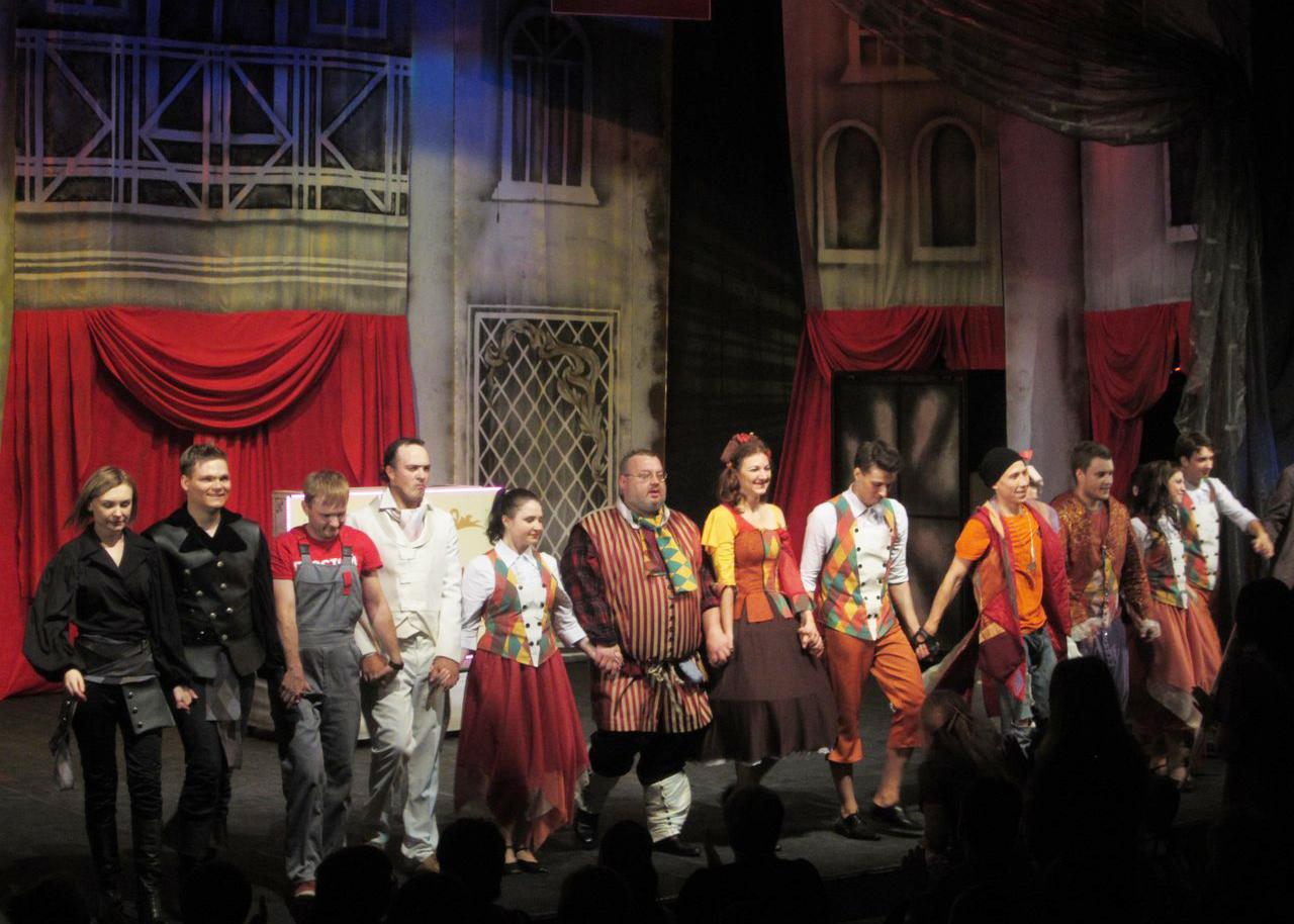 театр Дилижанс - слуга двух господ